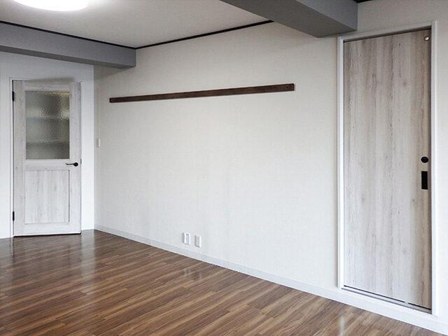 壁紙クロスで楽しむリフォーム!海外インテリアのようなオシャレな部屋に。